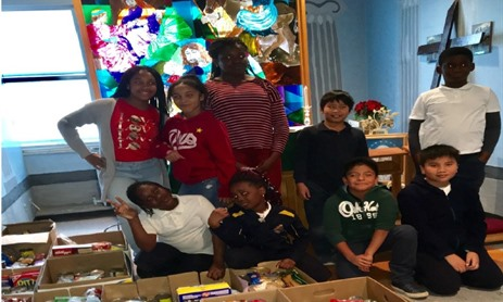 Grade 4-5 Students Give Back this Christmas