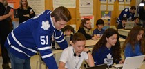 Toronto Maple Leafs Players Use Hockey to help Students...