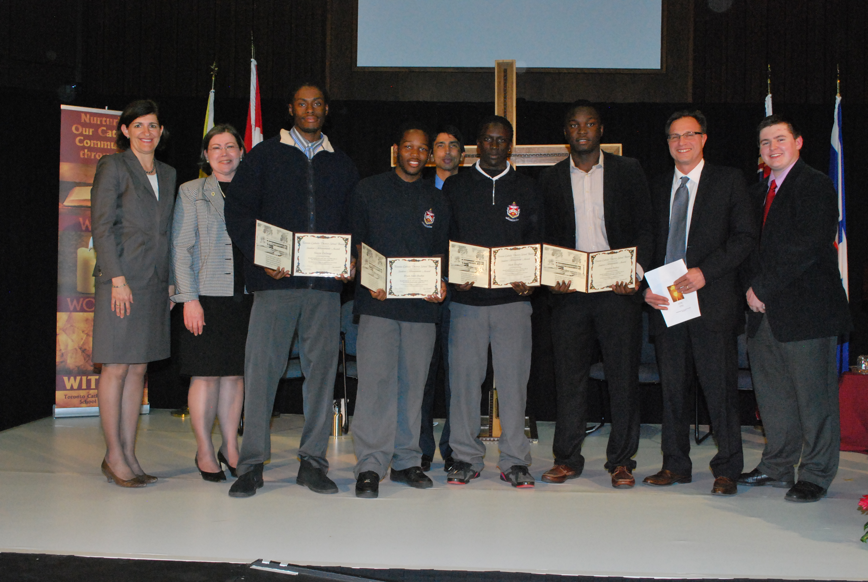 AwardsNight2012_StudentAchievement_Relayteam_FatherHenryCarr.jpg