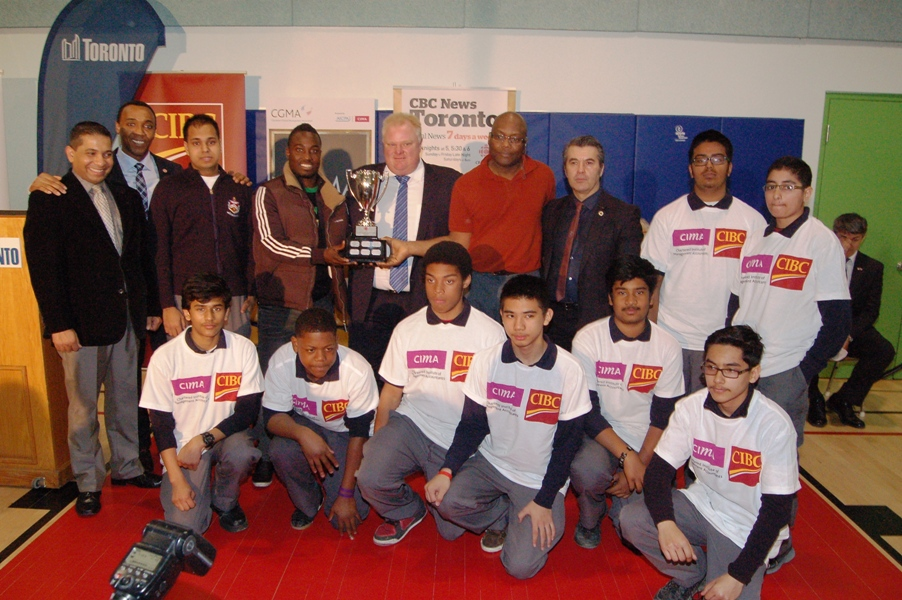 FrHenryCarrCricketersWith CBCTrophy 01.JPG