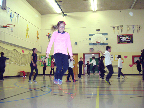 Students skipping rope for Heart and Stroke event