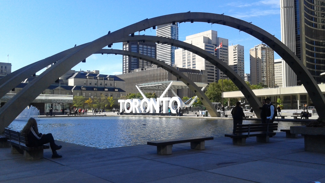 Nathan Phillips Square & TORONTO sign