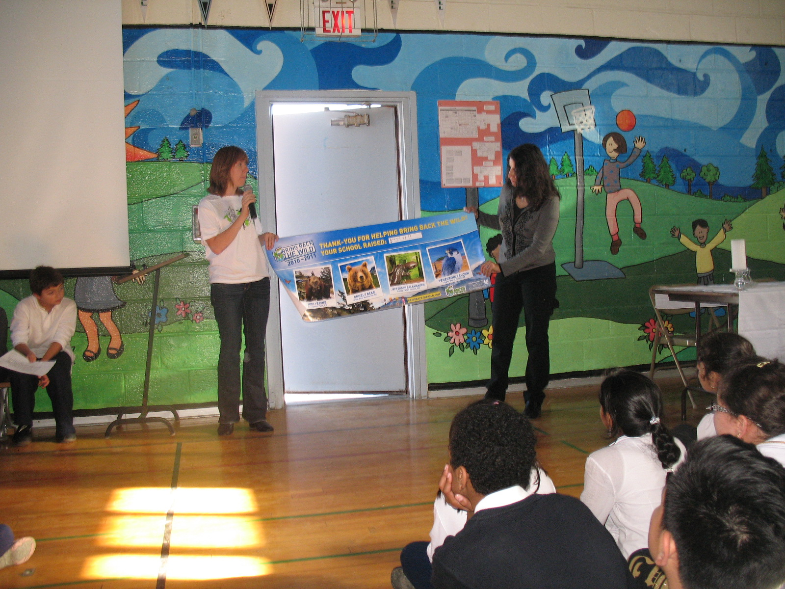 Students at Earth Rangers assembly